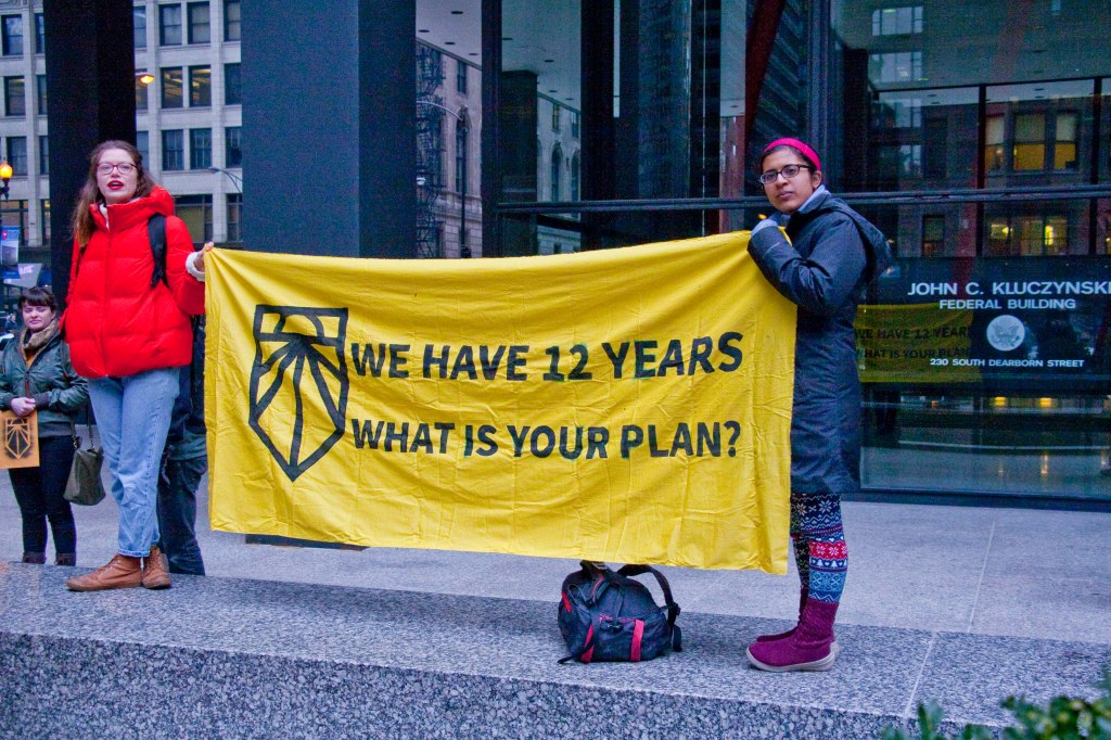 Chicago Sunrise Movement Rallies for a Green New Deal Chicago Illinois