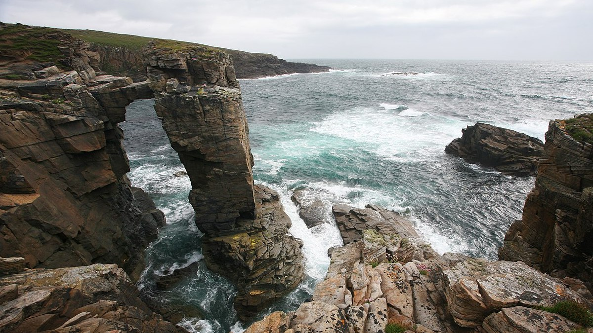 A renewable energy boom on Orkney 1280px-yesnaby_cliffs_orkney_mainland